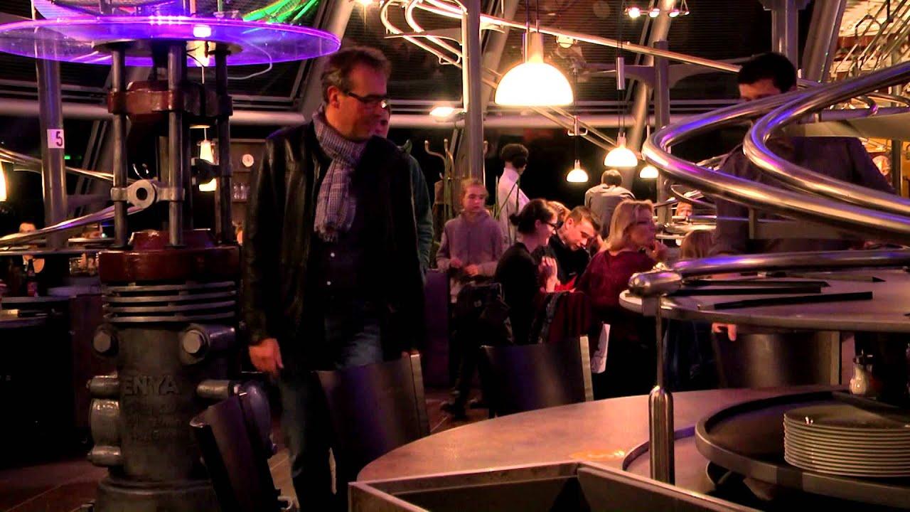 Trailer Rollercoaster Restaurant Schwerelos In Dresden