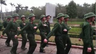 ベトナム軍隊行進練習