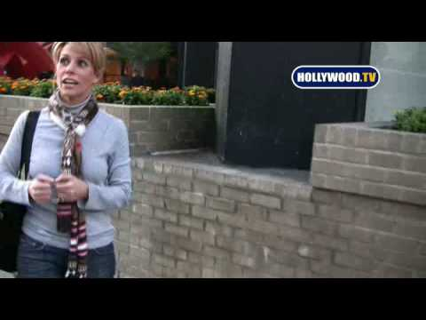 Cheryl Hines can't escape paparazzi on Bedford