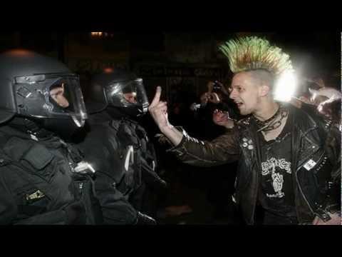 vomito nuclear viva la anarquia