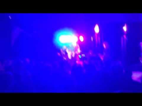 Bonnie Raitt and James Taylor in concert