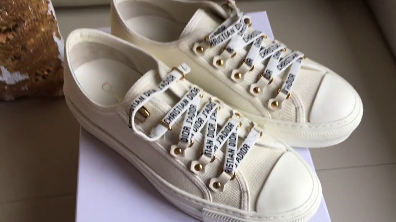 651f448ab06 DIOR LOW-TOP TRAINER IN WHITE CANVAS (Christian Dior J Adior) Unboxing