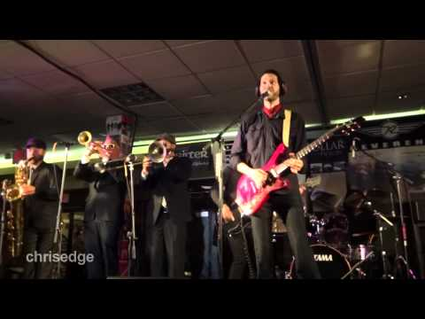 HD - 2012 Guitar Geek Festival - Paul Gilbert w/ Reel Big Fish Horns - Somebody Stole My Thunder