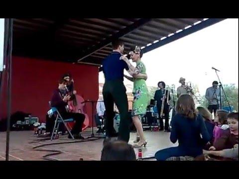 MESCHIYA LAKE & THE DIZZY BIRDS - Runnin´ Wild (Live!)