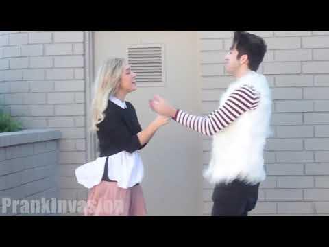 Как целовать письку насильно видео