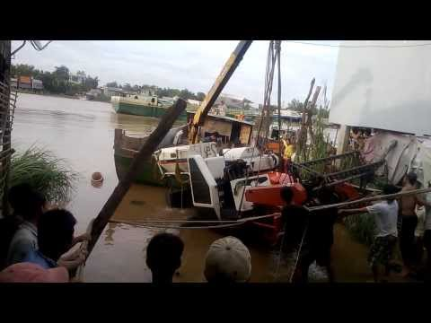 kubota dc 60 pị chìm tại pến đò Số 17