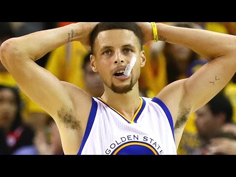 Steph Curry Ties EMBARRASSING Three-Pointer Record