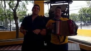 .@fello_zabaleta y @carloskarll presentan su álbum 'Pisando fuerte'