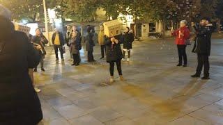 Performance de PAH LA RIOJA en Logroño para exigir una vivienda digna para todos