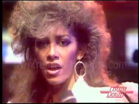 """Sheila E - Interview and """"The Glamorous Life"""" on Countdown 1984"""