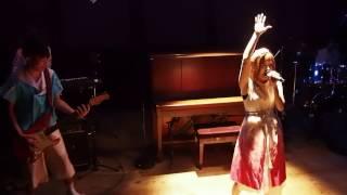 11月20日までザムザ阿佐谷で公演中の新感覚音楽劇『星空ロック』。 ぜひ...