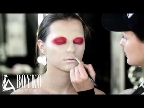 BEAUTY MAKE UP. FASHION RED - Видео онлайн