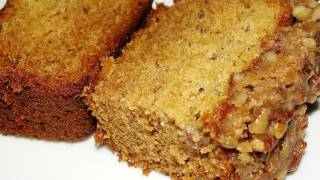 Best Ever Banana Bread With Praline Topping