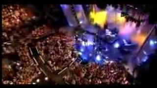 Video Avril Lavigne-Girlfriend Live at the 2007 MMVAs download MP3, 3GP, MP4, WEBM, AVI, FLV Agustus 2018