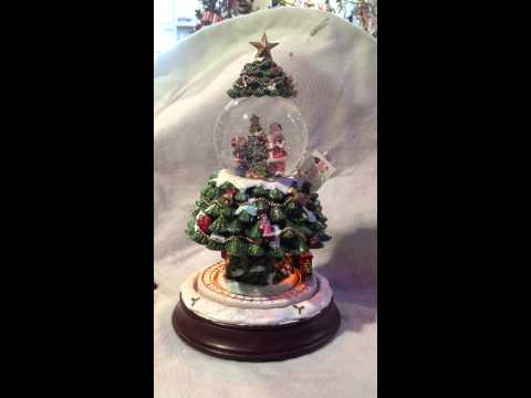 Snowdome Musical Christmas Tree with Train 85mm