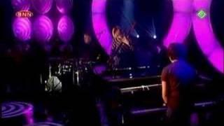2004-11-12 - Jamie Cullum - Everlasting Love (Live @ TOTP)