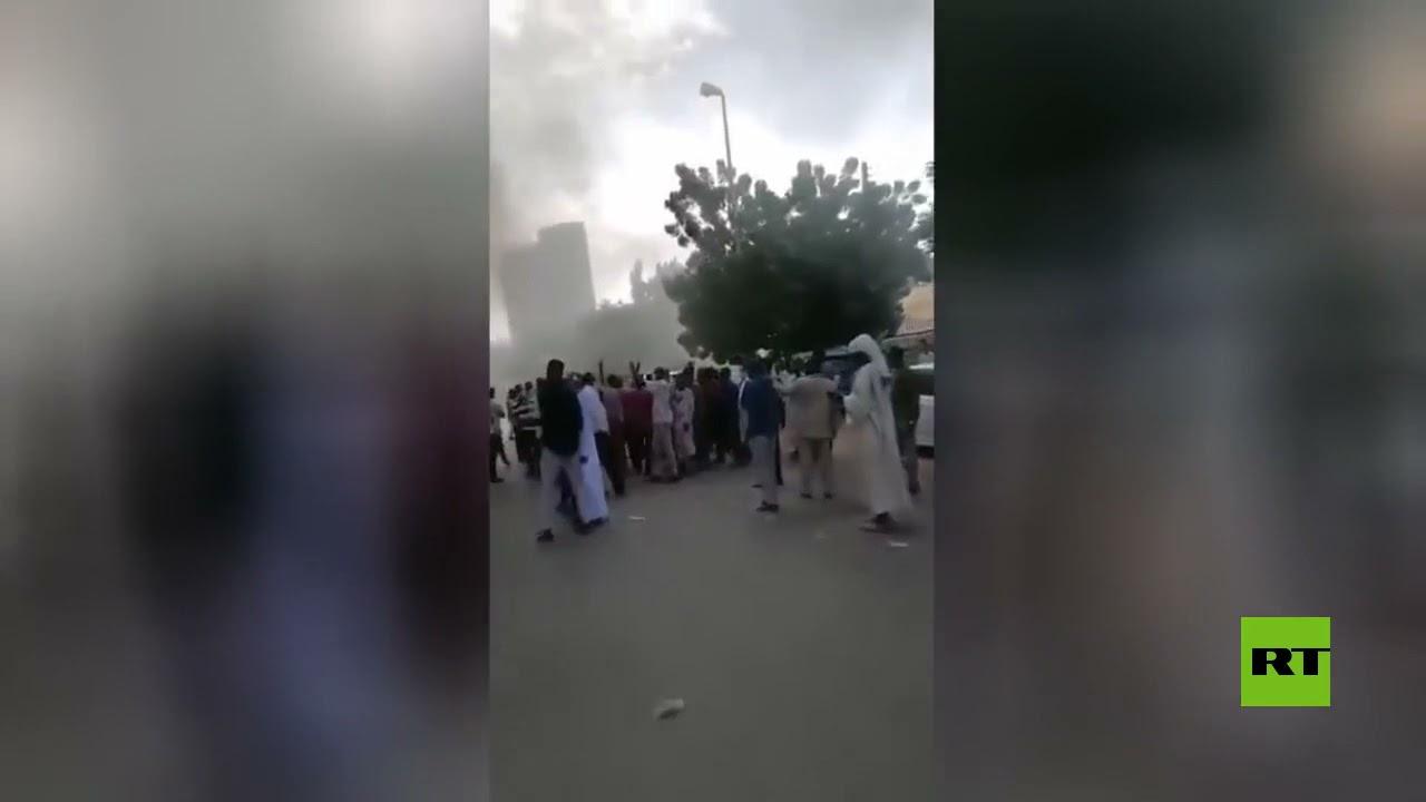 محتجون يقتحمون مقر -سونا- السودانية لمنع -قوى الحرية والتغيير- من عقد مؤتمر صحفي  - نشر قبل 54 دقيقة