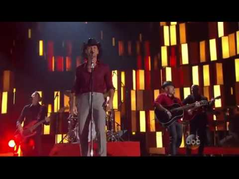 Tim McGraw   Southern Girl   CMA Awards 2013   YouTube