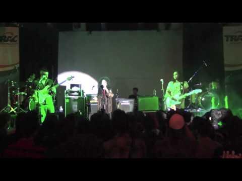 Gugun Blues Shelter / Gugun Power Trio Feat Sylvia Saartje - Love Is The Answer @Malang