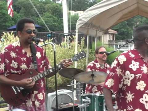 *The Caribbean Cruisers* Party Band feat. Marimba Man