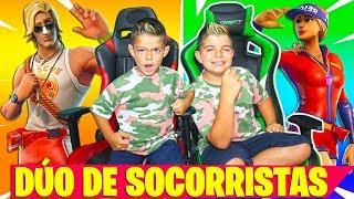 DÚO DE *SOCORRISTAS* EN FORTNITE!!! 50 vs 50 en PS4