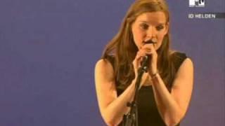 Wir Sind Helden - Aurélie Live @ Campus Invasion 2005