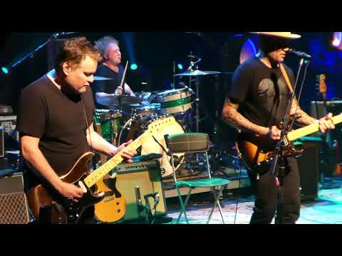 Ben Harper & Charlie Musselwhite Movin' On @La Cigale Paris 20/04/2018
