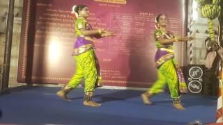 Srinidhi & Nirupama danced for Thaga thaga ena aada va song at Thiruvaliswaram Temple