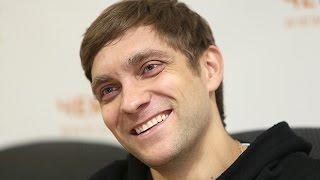 Виталий Петров лично поздравил с Новым годом своего болельщика  с ДЦП из Екатеринбурга