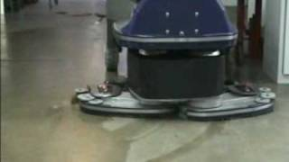 Hefter FS112 magic wing scrubber dryer