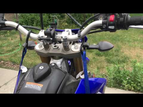 How to tie down a WR250R on an aluminum motorcycle carrier