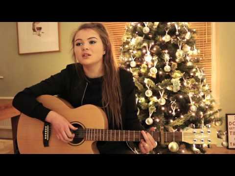 Sinead Mullally sings Christmas 1915