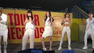 10月15日土曜日 タワーレコード近鉄パッセ店にて行われた lol live circ...