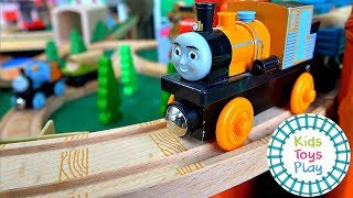 Thomas the Train Track Build | Misty Island Rescue