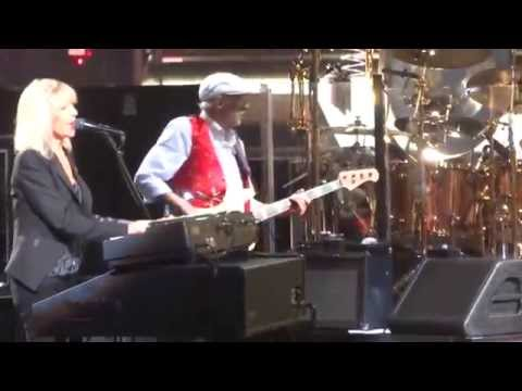 """Don't Stop"" Fleetwood Mac@Wells Fargo Center Philadelphia 10/15/14"