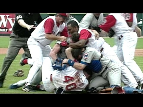Inside pitch leads to the benches clearing