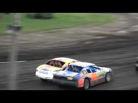 IMCA Stock Car feature Benton County Speedway 8/7/16