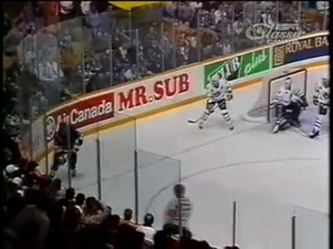 03/05/1993 - St.Louis Blues vs Toronto Maple Leafs - Game 1 GOOD ATMOSPHERE