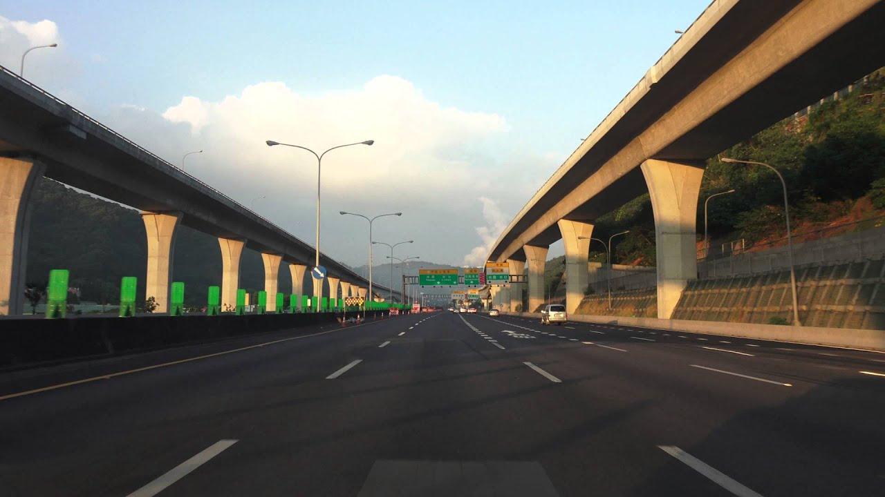 台北市 - 台灣桃園國際機場 路程景  建國高架道路 - 國道1號 中山高速公路 - 國道2號