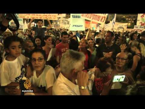 Tel Aviv protesters condemn Gaza ceasefire