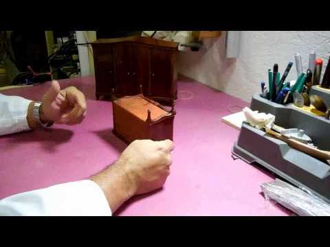 restauración-de-muebles;-restauración-una-de-maquetas-de-muebles-video-2
