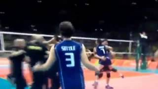 ► Rio Italia del volley vola in finale è il commentatore impazzisce gridando BUTİİİ [HD]