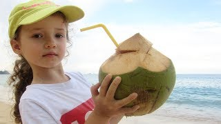 UT kids and funny story about sand molds coconut