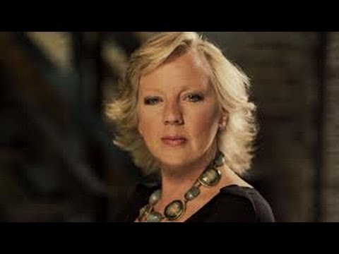 Deborah Meaden Interview & Life Story - BBC Dragons Den / Women In Business