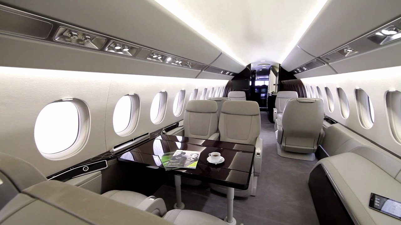 L 39 int rieur du jet falcon 5x youtube for Interieur d avion