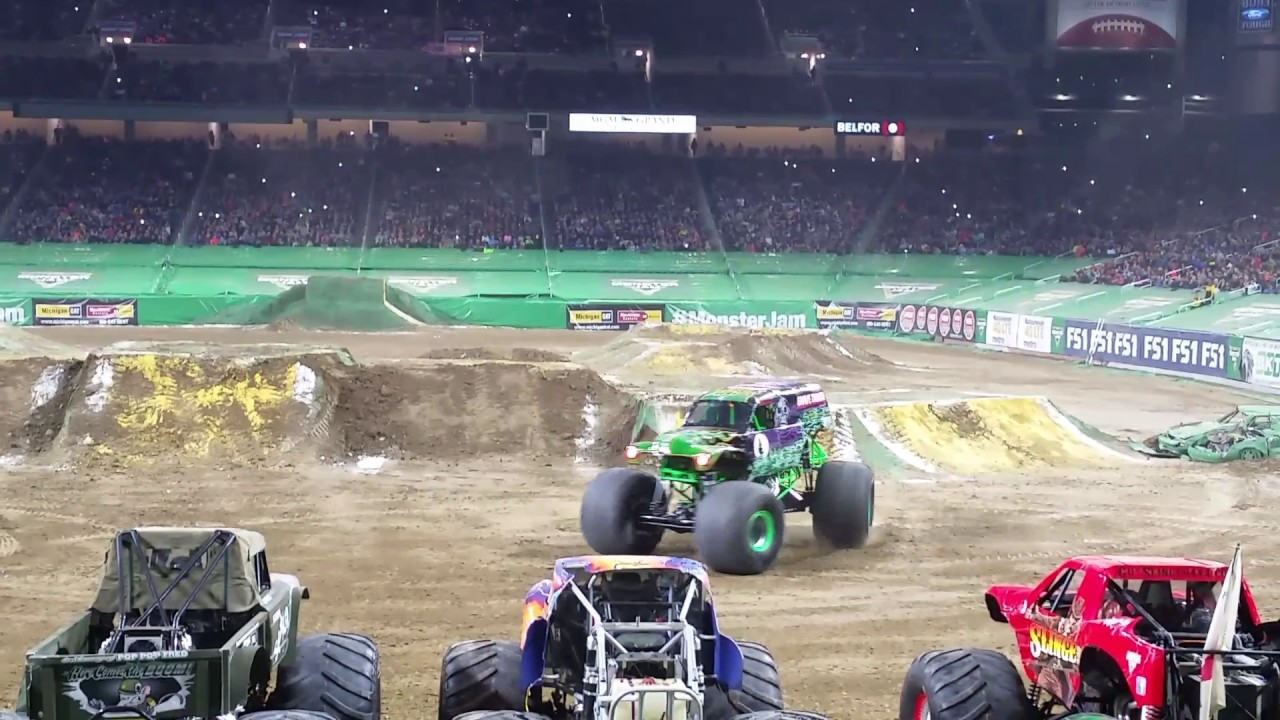 monster jam 2017 at ford field grave digger freestyle. Black Bedroom Furniture Sets. Home Design Ideas