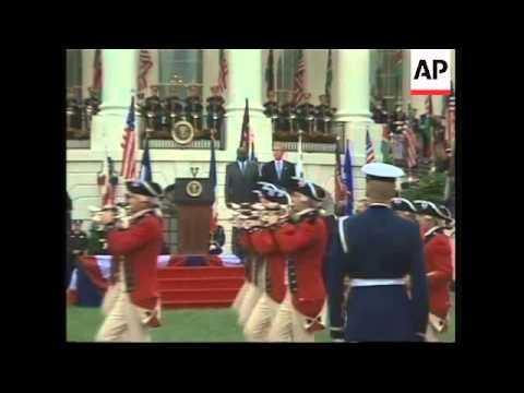 Bush welcomes President of Kenya to White House