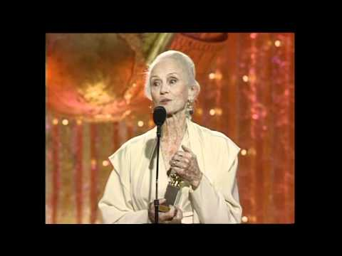 Jessica Tandy Wins Best Actress Motion Picture Musical or Comedy  Golden Globes 1990