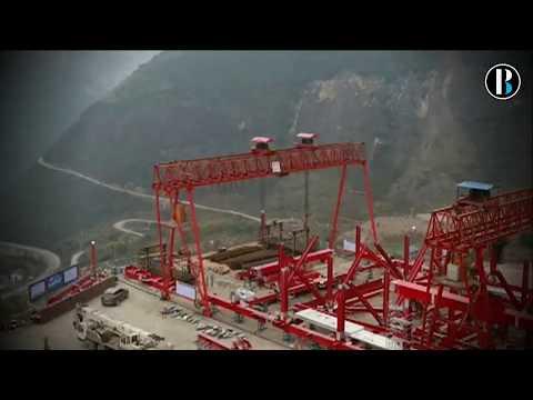 China empieza a construir un gran puente colgante de 350 metros de altura