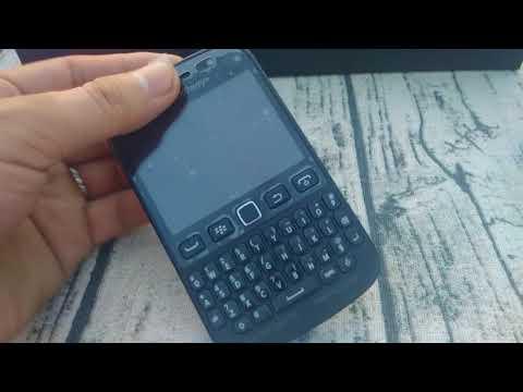 Trên tay BlackBerry 9720 Not For Sale